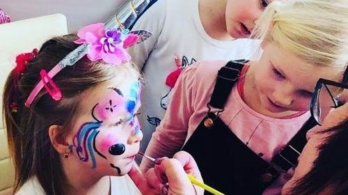 Kinderschminken, Tattoos, Ballons u Animation zu Fest und Feier