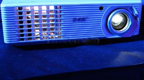 Acer HD & 3D  Beamer inkl. Tasche!