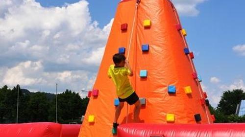 Kletterberg für Kinder - von 4 Seiten zu besteigen
