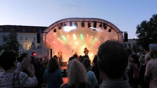 Bühne, Tontechnik, Lichttechnik