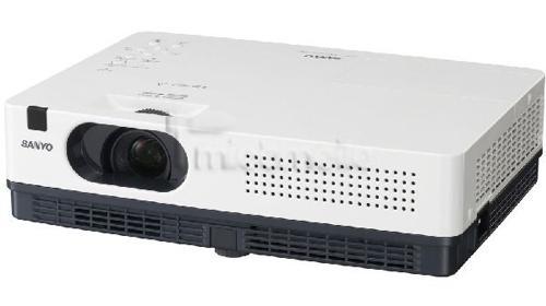 Beamer Sanyo PLC XD 2200