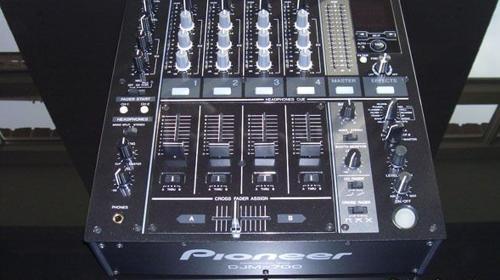 Pioneer Disco Mixer DJM 700