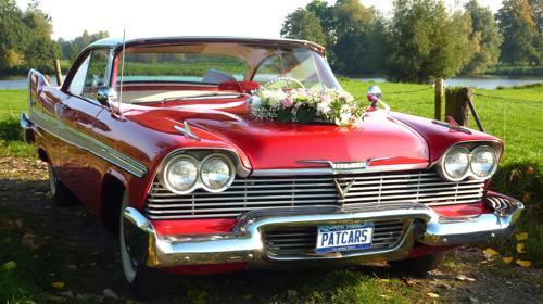 Plymouth von 1958 mit Heckflossen  Traumhafter US-Oldtimer für Ihre Hochzeit