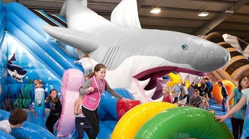 260 qm Shark Attack - Hairutsche - Active Center