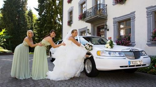Elegante Hochzeitslimousine mieten