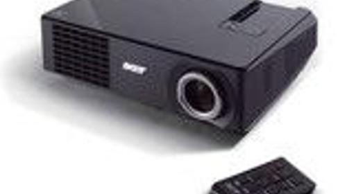 Beamer Acer X1166