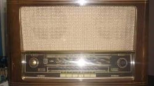 Radio aus den 60er/70er Jahren, 60er Jahre, 70er Jahre, Radio, Oldschool, Dekoration, leihen, mieten, Mietartikel