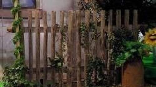 Zaunelemente, Zaun, Zäune, Absperrung, Abgrenzung, Begrenzung, Garten, Weide, Dekoration, Party, Event, Messe