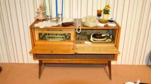 Television & Radio der 50/60er Jahre, Television, Radio, TV-Gerät, TV, Möbel, Wohnzimmer, Dekoration, leihen, mieten