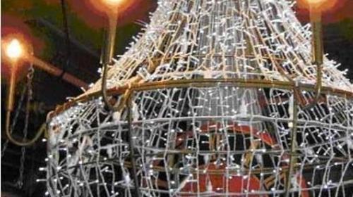 Kronleuchter, Leuchter, Lampe, Barock, Deckenleuchte, Deckenlampe, Licht, Beleuchtung, Dekoration, Event, Messe