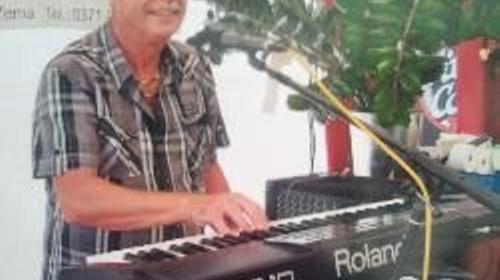 Alleinunterhalter und DJ Peter Zerna