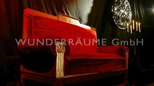 10 Edle Plüschsofas - WUNDERRÄUME GmbH vermietet: Dekoration / Kulisse für Event, Messe, Veranstaltung, Incentive, Mitarbeiterfest, Firmenjubiläum