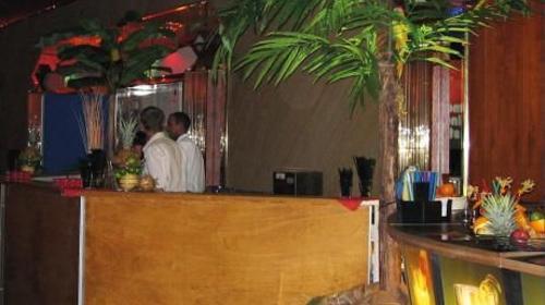 Cocktailbar mit Holzfront inkl. 19% MwSt.