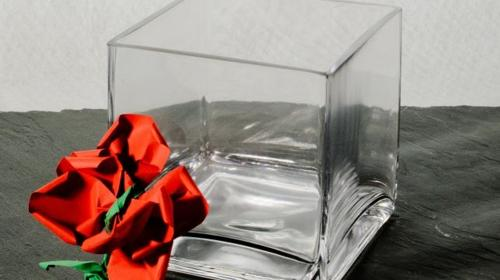 Blumenvase Glas Breite 10cm Tiefe 10cm Höhe 10cm