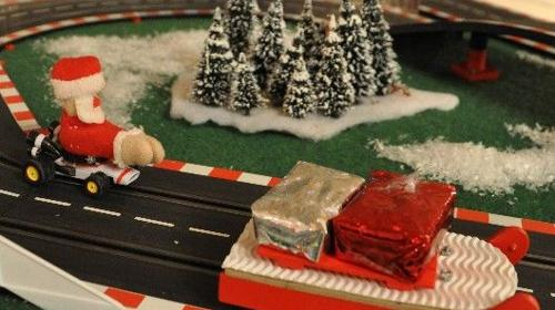 Santa Race - weihnachtliche Carrera Rennbahn