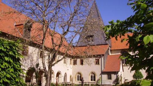 Hochzeit im Kloster Malgarten