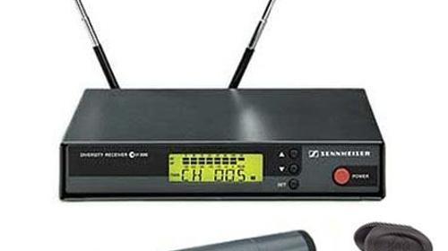 Semiprofessionelles Komplettset Funkmikro UHF EW 100 mit Handmikrofon + Sender