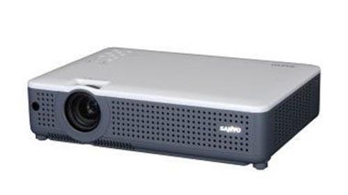 Beamer / Projektor  Sanyo PLC XU-78E
