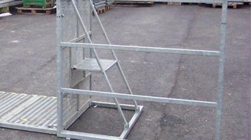 Absperrgitter - Bühnenabsperrung -Eingangsschleuse