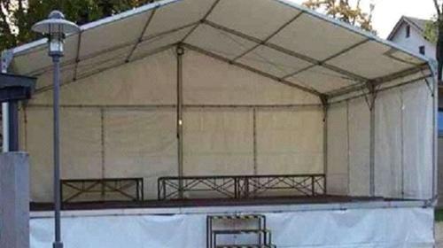 Bühne mit Zeltüberdachung 8 x 6 m