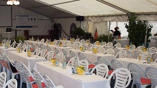 Firmenfeier, Hochzeit, Geburtstag, Jubiläum - Zelt/ Location mit Ausstattung für Ihr Event 201 - 300 Personen gehoben