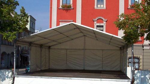 Bühne mit Zeltüberdachung 8 x 9 m