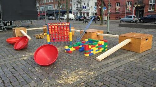 Bewegungs - Welten / Balancieren / Klettern / Kinderspiele / inkl. Betreuer / inkl. Auf- und Abbau