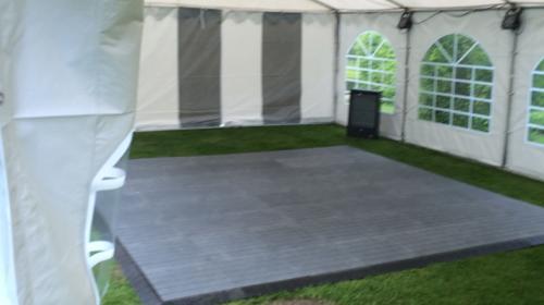 Tanzfläche 8 x 8 m inkl. Auf und Abbau / Tanzboden / Tanzfläche / Abdeckboden / Tanzparkett