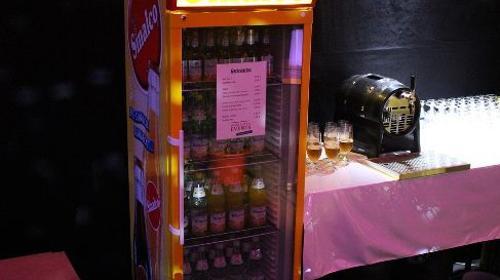 Kühlschrank Cube : Husky cool cube elegant husky khlschrank cool cube coca cola