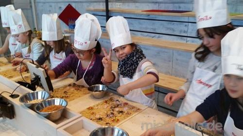 Kinderweihnachtsbäckerei