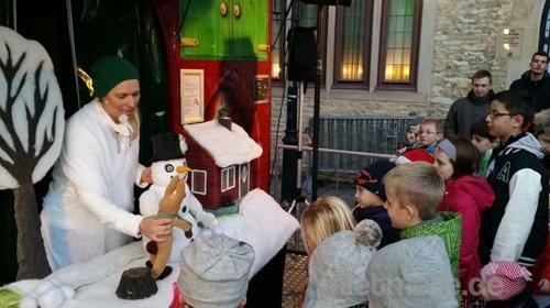 Puppenspiel - Der Schneemann und der Hase