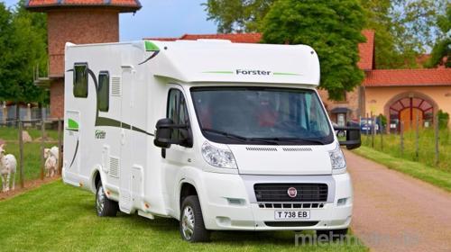 Großflächiges Wohnmobil mit schönen Komfort zum mieten