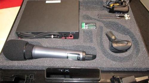 Professionelles Komplettset Funkmikro UHF EW 300 mit Handmikrofon + Sender