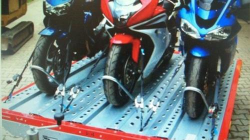 Motorradanhänger 100 km / A4 / 1500 kg Verleih