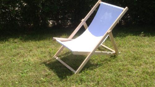 Liegestuhl / Klappstuhl Weiß