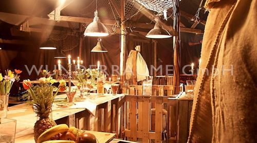 Lounge rustikal - WUNDERRÄUME GmbH vermietet: Dekoration/Kulisse für Event, Messe, Veranstaltung, Incentive, Mitarbeiterfest, Firmenjubiläum