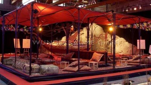 Loungepavillon rot - WUNDERRÄUME GmbH vermietet: Dekoration/Kulisse für Event, Messe, Veranstaltung, Incentive, Mitarbeiterfest, Firmenjubiläum
