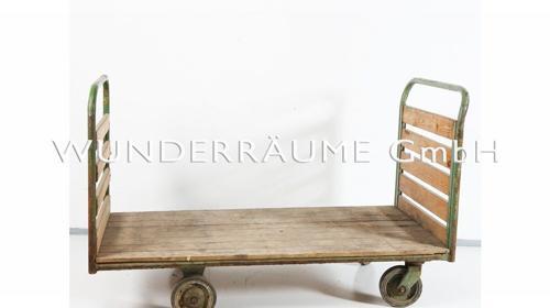 Plattenwagen/Holzwagen - WUNDERRÄUME GmbH vermietet: Dekoration/Kulisse für Event, Messe, Veranstaltung, Incentive, Mitarbeiterfest, Firmenjubiläum