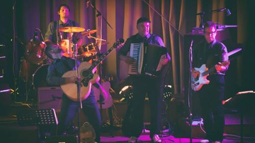 Tom & the black ties - Rockband