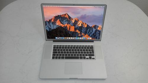 """MacBook Pro 17"""" Apple Notebook MacOS Sierra - Berlin Hamburg Köln Stuttgart München Leipzig Saarbrücken Duisburg Hannover Bremen Frankfurt usw. Versand deutschlandweit"""