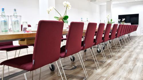 Neue, hochwertige Seminar-, Meeting- und Konferenzräume in exklusiver Lage in Wiesbaden