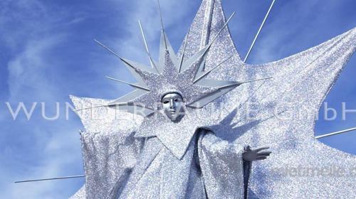"""Riesenfigur """"Stern"""" - WUNDERRÄUME GmbH vermietet: Dekoration/Kulisse für Event, Messe, Veranstaltung, Incentive, Mitarbeiterfest, Firmenjubiläum"""