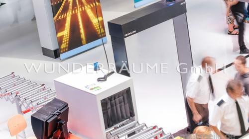 Durchleuchtungskasten für Gepäck - WUNDERRÄUME GmbH vermietet: Dekoration/Kulisse für Event, Messe, Veranstaltung, Incentive, Mitarbeiterfest, Firmenjubiläum