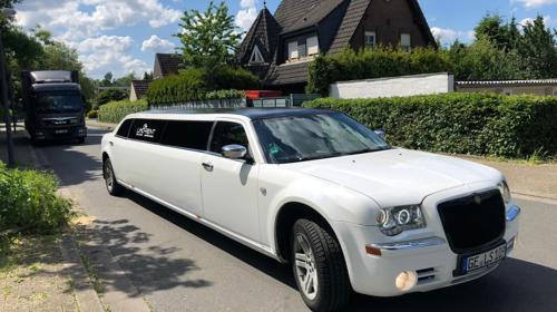 Stretchlimousine Limousine mieten Hochzeit, JGA, Geburtstag in NRW