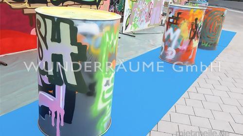 Graffiti-Fass - WUNDERRÄUME GmbH vermietet: Dekoration/Kulisse für Event, Messe, Veranstaltung, Incentive, Mitarbeiterfest, Firmenjubiläum