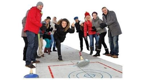 Curlingbahn mieten / Eisstockbahn / Eisstockschießen Verleih / Vermietung