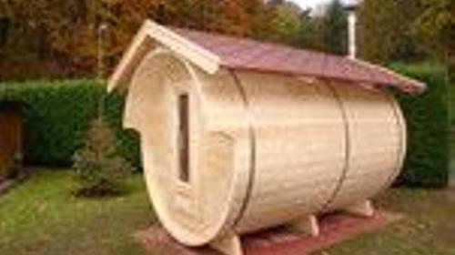Mobile Sauna mieten Fasssauna Gartensauna auf Anhänger Mobilsauna Saunafass
