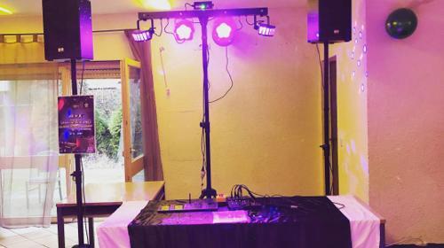 Komplettset Musikanlage + Lichtanlage + Nebelmaschine + Mischpult + Mikro