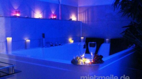Hotel mit Whirlpool auf dem Zimmer Romantisch harmonische Übernachtung oder Kurzreise mit Whirlpool im Zimmer im Whirlpoolnest