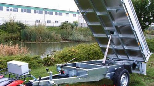 Rückwärtskipper Dreiseitenkipper Baggertransporter von 1500 kg bis 3500 kg ab 12 € preiswert mieten